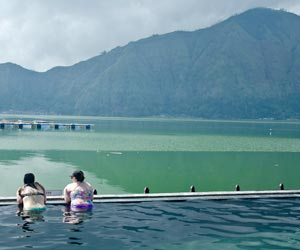 Mount-Batur-Sunrise-Trekking-Hot-Spring-Pool